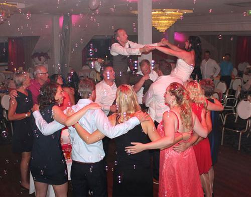 dj-bruiloft-huren